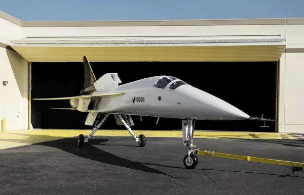 xb 1 hangar 1 w600 شرکت Boom Supersonic از نسخه آزمایشی جت فراصوت و مسافربری خود رونمایی کرد اخبار IT