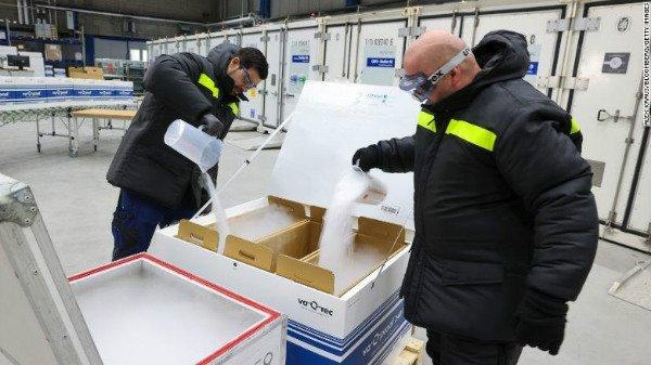 201118140857 dry ice shipping restricted exlarge 169 w600 چالشی تازه برای جهان: دسترسی به یخ خشک کافی برای حمل و ارسال واکسن کووید ۱۹ اخبار IT