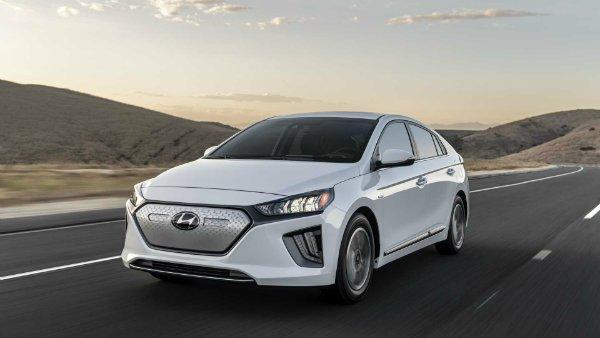 2020 hyundai ioniq 5 هیوندای به فروش خودرو بدون سیستم ایمنی پیش گیری از تصادف متهم شد اخبار IT