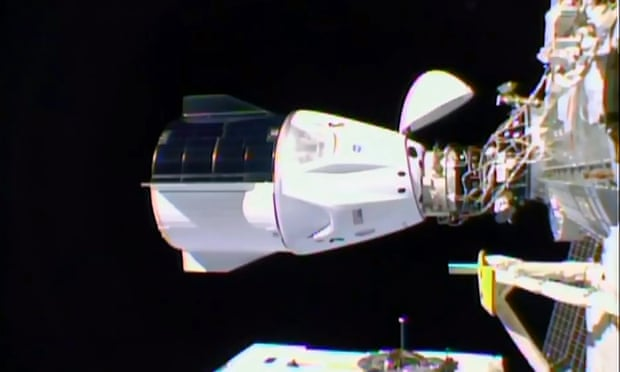 3000 کپسول کرو دراگون حامل فضانوردان ناسا با موفقیت به ایستگاه فضایی متصل شد اخبار IT