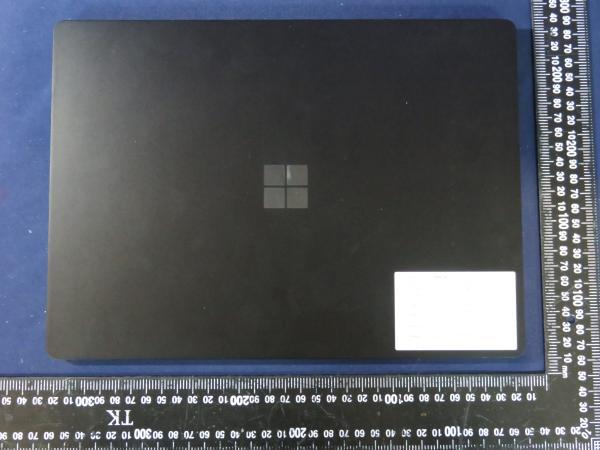 Eny8hFPUUAA99bC افشای تصاویری از مایکروسافت سرفیس پرو ۸ و سرفیس لپتاپ ۴ اخبار IT