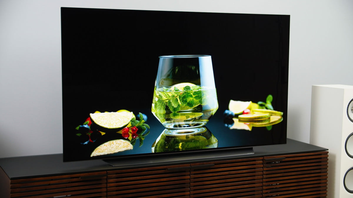 LG CX OLED TV هرآنچه باید درباره پنلهای QD OLED بدانید؛ تحولی در دنیای تلویزیونها اخبار IT
