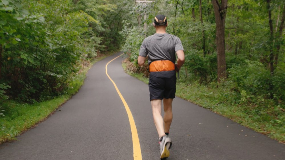 گوگل با سیستم هوش مصنوعی برای دویدن به افراد کمبینا کمک میکند