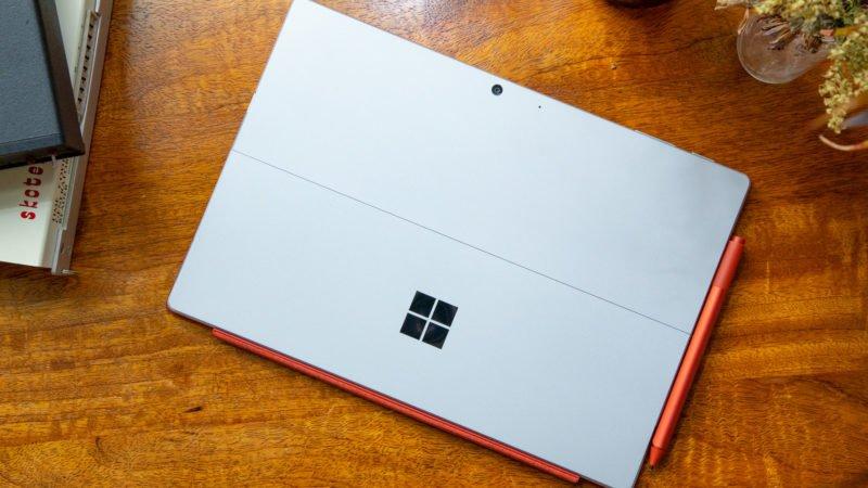 افشای تصاویری از مایکروسافت سرفیس پرو ۸ و سرفیس لپتاپ ۴