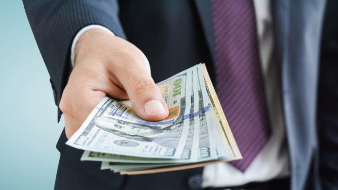 ftc refund bitcoin scam victims 696x392 بازپرداخت حدود نیم میلیوندلار به ۸ هزار قربانی کلاهبرداری با پول دیجیتال توسط FTC اخبار IT