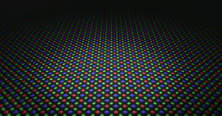 pentile oled 768x768 هرآنچه باید درباره پنلهای QD OLED بدانید؛ تحولی در دنیای تلویزیونها اخبار IT