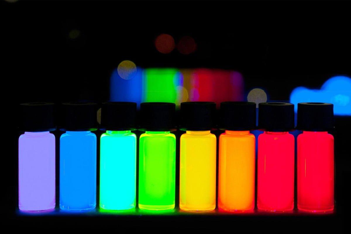 quantum dotsjpg هرآنچه باید درباره پنلهای QD OLED بدانید؛ تحولی در دنیای تلویزیونها اخبار IT