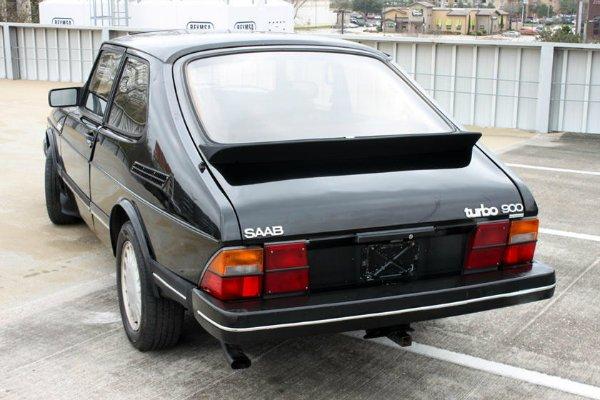saab 900 2 مروری بر برخی از قابل اعتمادترین خودروهای تاریخ؛ از مرسدس بنز W124 تا فولکس واگن بیتل اخبار IT