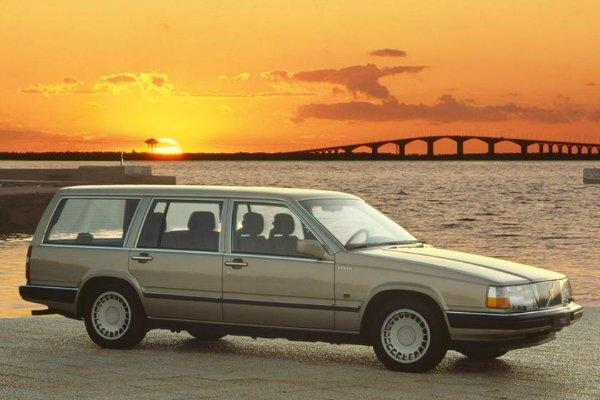 volvo station car مروری بر برخی از قابل اعتمادترین خودروهای تاریخ؛ از مرسدس بنز W124 تا فولکس واگن بیتل اخبار IT