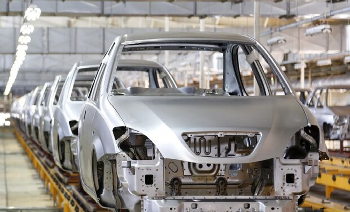 آیا قیمت کارخانهای خودرو در شرایط زیاندهی ایران خودرو و سایپا کاهش مییابد؟
