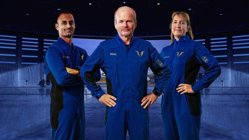 ویرجین گلکتیک از لباس فضانوردی خلبانان فضاپیمای VSS Unity رونمایی کرد