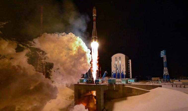 وانوب ۳۶ ماهواره اینترنتی را با راکت فضایی روسیه در مدار زمین مستقر کرد