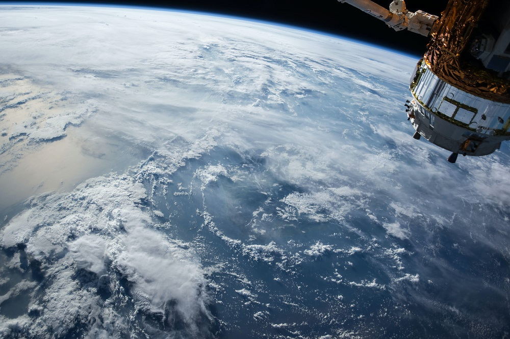 eu satellite internet اروپا با سرمایهگذاری ۷.۳ میلیارد دلاری به جنگ اینترنت ماهوارهای استارلینک میرود اخبار IT