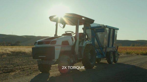 monarch a fully electric smart tractor claims the driver has become optional 25 با Monarch آشنا شوید؛ تراکتوری برقی با فناوری خودران اخبار IT