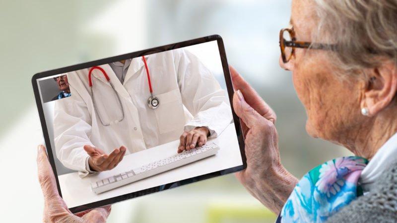 فناوری جدید مایکروسافت با دوربین گوشی روی سلامت قلب و ریه نظارت میکند