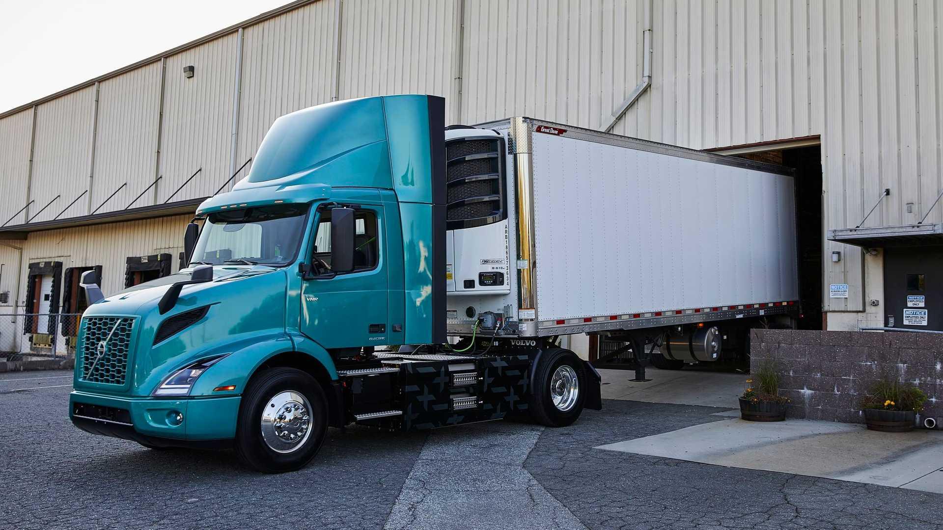 volvo vnr electric 1 اولین کامیون تمام برقی Volvo Trucks معرفی شد اخبار IT