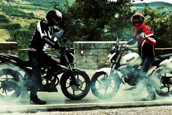 بررسی موتور سیکلت بنلی TNT 15؛ زیبا و با وقار اما نهچندان پرطرفدار
