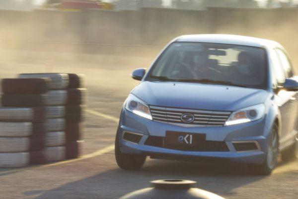 اولین تجربه رانندگی با خودرو برقی سودا SA01؛ گزینه پیشنهادی کارمانیا به عنوان اولین خودرو برقی مونتاژی کشور