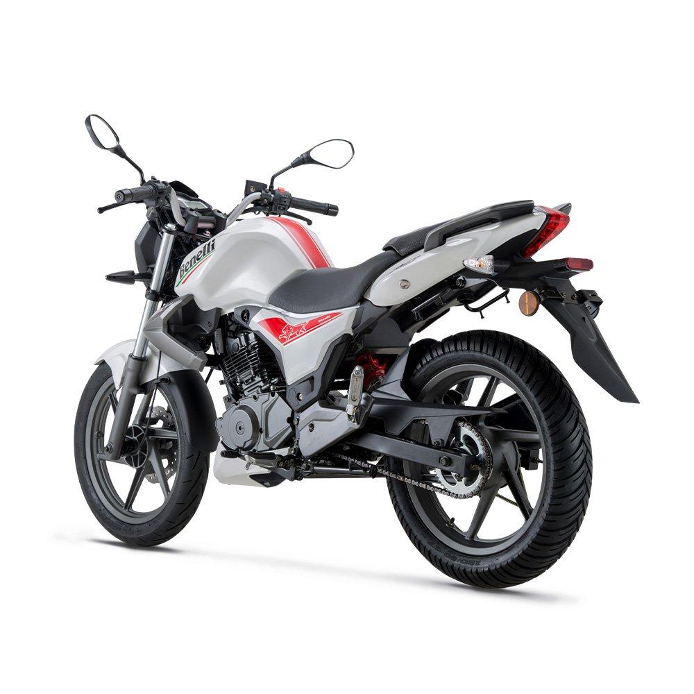 بررسی موتور سیکلت بنلی 150 TNT ؛ زیبا و با وقار اما نهچندان پرطرفدار