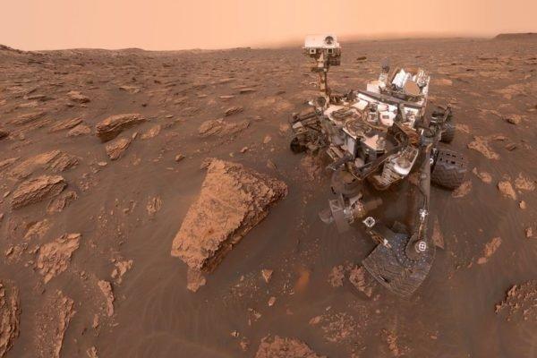 ناسا ۳ هزارمین روز مأموریت کنجکاوی در مریخ را با انتشار تصویری زیبا جشن گرفت