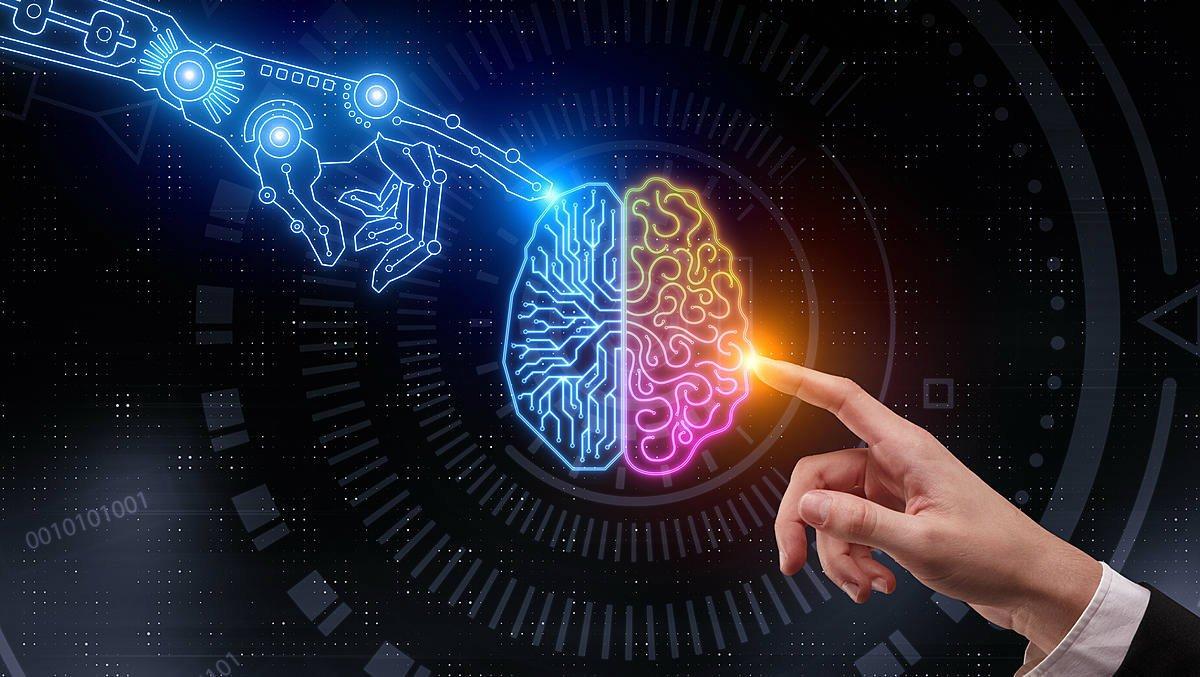 کارخانه هوش مصنوعی به چه معناست و چطور کسبوکارها را دگرگون میکند؟