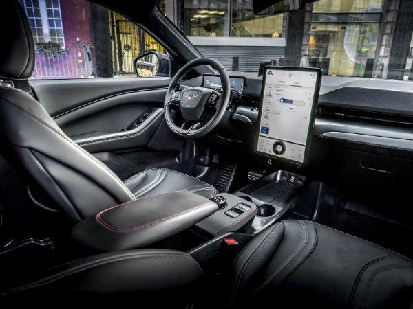 2021 ford mustang mach e europe 4 جمعآوری داده گسترده توسط خودروها، علاقه پلیس به این دادهها و چالشی به نام حریم خصوصی اخبار IT