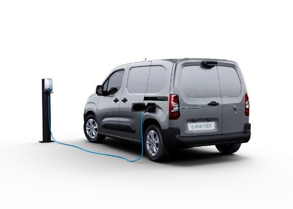 2021 peugeot e partner electric van 11 ون برقی پژو e Partner با باتری 50 کیلووات ساعتی و برد 275 کیلومتر معرفی شد اخبار IT
