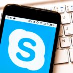 طعنه مایکروسافت به واتساپ: ما اطلاعات شخصی کاربران را نمیفروشیم
