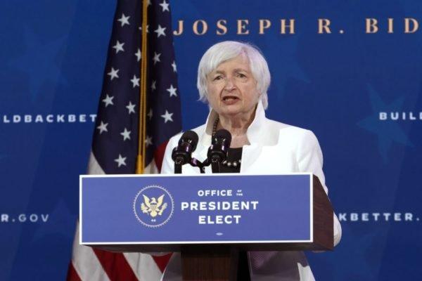 وزیر پیشنهادی خزانهداری آمریکا لحن خود درباره رمزارزها را تلطیف کرد