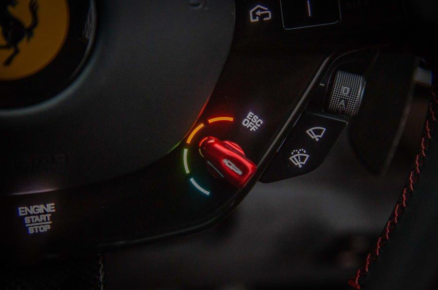 8 ferrari roma 2021 uk first drive review esc dial تجربه رانندگی با فراری روما؛ فراتر از یک کوپه خانوادگی اخبار IT