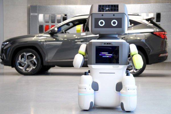 هیوندای از ربات خدمات مشتریان برای نمایشگاههای خودرو رونمایی کرد