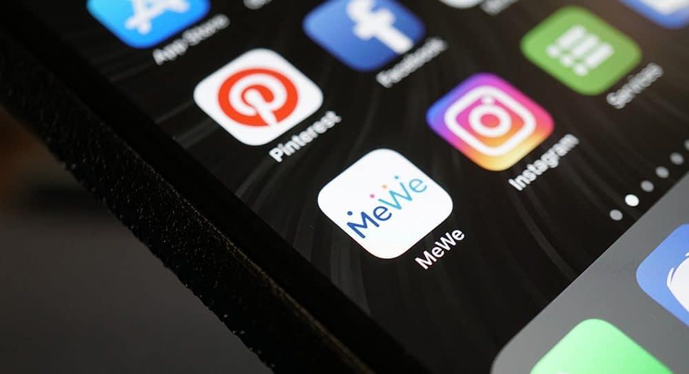 شبکه اجتماعی ضد فیسبوک MeWe در یک هفته 2.5 میلیون کاربر جدید جذب کرد