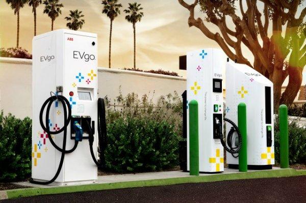 evgo charging station توقف فروش خودروهای بنزینی توسط جنرال موتورز تا سال 2035 اخبار IT