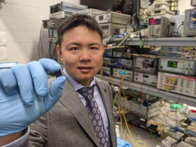 محققان سریعترین پردازنده نورومورفیک اپتیکی جهان را ساختند