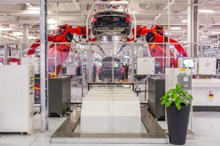 ریوین موفق به جذب مهندس ارشد تسلا در زمینه تولید باتری شد