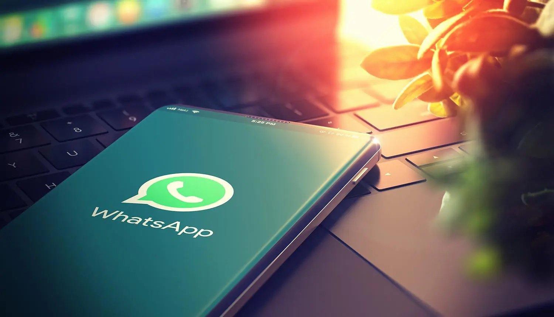 واتساپ تنها در چندین هفته میلیونها کاربر خود را از دست داد
