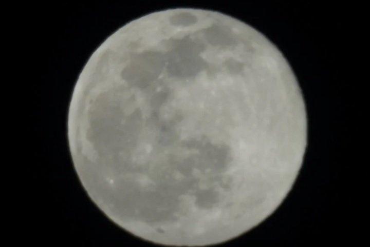 عکس گرفته شده از ماه با دوربین سونی