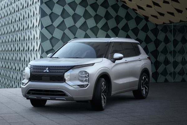 میتسوبیشی به تنها خودروساز ناموفق در کسب جوایز ایمنی IIHS بدل شد