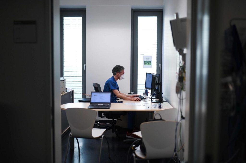 27966 1024x679 معضل پساکرونا برای کسبوکارها: بازگشت به محل کار یا ادامه دورکاری؟ اخبار IT