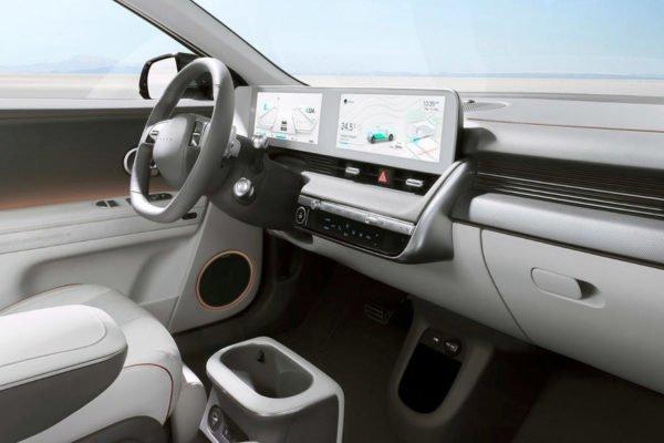 96 hyundai ioniq 5 2021 official images interior 600x400 هیوندای loniq 5 برقی با طراحی خاص و حداکثر برد حرکتی 469 کیلومتر معرفی شد اخبار IT