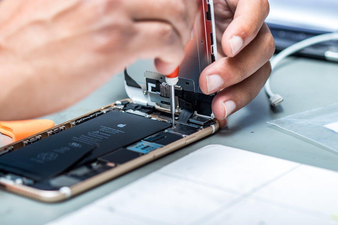 قوانین فرانسه اپل را مجبور به نمایش شاخص تعمیرپذیری محصولاتش کرد