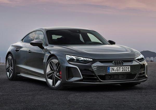 Audi RS e tron GT 2022 3 آئودی e tron GT با طراحی خیرهکننده معرفی شد؛ همزاد پورشه تایکان، رقیب تسلا مدل S اخبار IT
