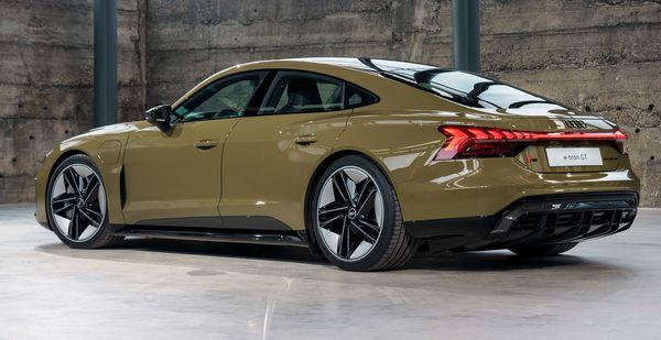 Audi e tron GT quattro 2022 35 آئودی e tron GT با طراحی خیرهکننده معرفی شد؛ همزاد پورشه تایکان، رقیب تسلا مدل S اخبار IT