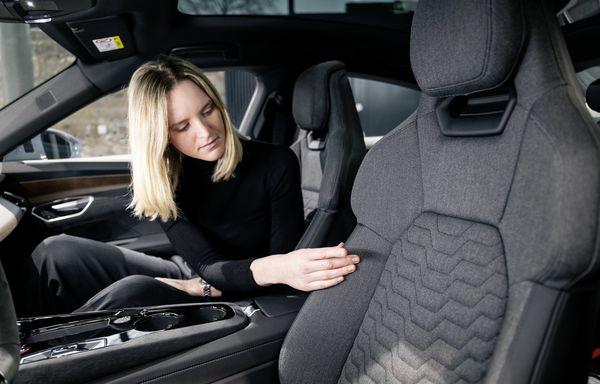 Audi e tron GT quattro 2022 41 آئودی e tron GT با طراحی خیرهکننده معرفی شد؛ همزاد پورشه تایکان، رقیب تسلا مدل S اخبار IT