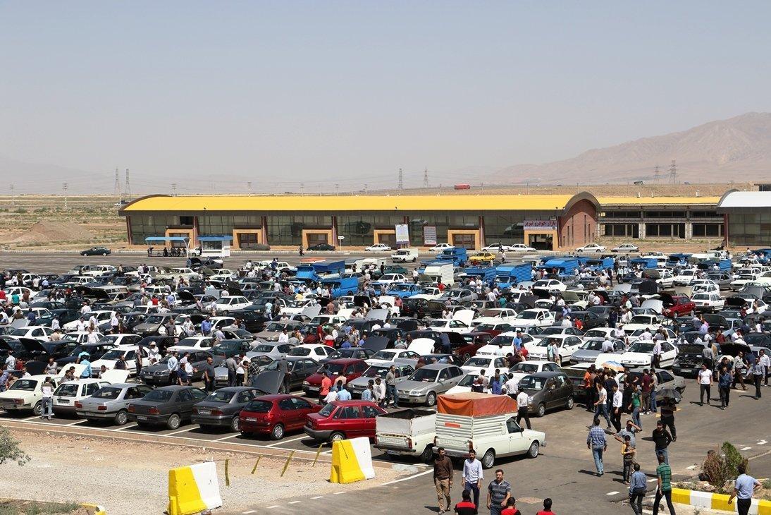 درآمد ۲ میلیارد دلاری دلالان از  تفاوت نرخ بازار و کارخانه در بازار خودرو ایران