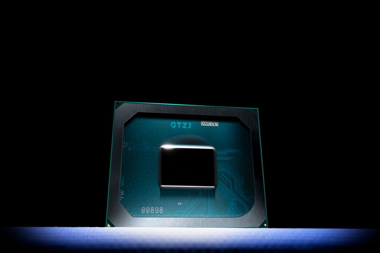 افشای نتایج بنچمارک پردازشگر گرافیکی Iris Xe راکت لیک اینتل: ضعیفتر از AMD
