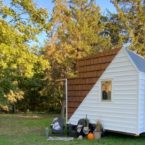 ساخت یک کلبه جنگلی رویایی متحرک با تمام امکانات در مساحتی کمتر از ۱۴ متر مربع