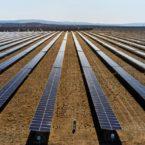 پاناسونیک با توقف تولید پنل خورشیدی میدان را به رقبای چینیها واگذار میکند