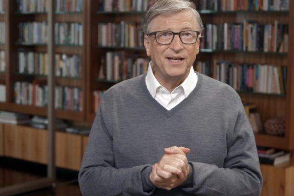 بیل گیتس میگوید گوشیهای اندرویدی را به آیفون ترجیح میدهد