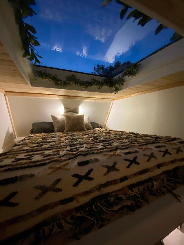 download 13 ساخت یک کلبه جنگلی رویایی متحرک با تمام امکانات در مساحتی کمتر از ۱۴ متر مربع اخبار IT